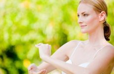 Йога, акупунктура и тай чи могут справиться с болью не хуже таблеток
