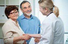 Нехватка личных контактов приводит к депрессии у пожилых людей