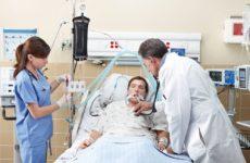 Ученые объяснили, почему коронавирус убивает больше мужчин, чем женщин