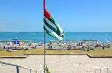 В Абхазии могут ввести ограничения для туристов. Страна оказалась не готова