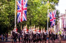 Британия почти догнала Россию по суточному приросту COVID-19