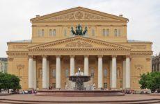 Нижегородских медиков-борцов с коронавирусом пригласили в Большой театр