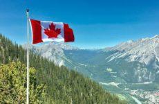 Заболеваемость COVID-19 в Канаде достигла весеннего уровня