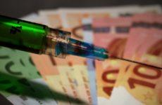 В Европе начали продавать туры в Россию, чтобы сделать прививку от коронавируса