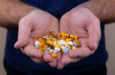 Минздрав призывает не принимать антибиотики при COVID-19