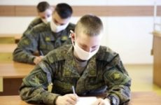 В армии привиты 8,5 тысячи человек и до конца года поступят еще 100 тысяч доз «Спутник V»
