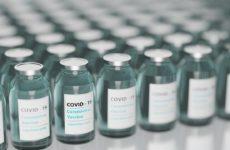 Бразилия начала производить российскую вакцину от коронавируса