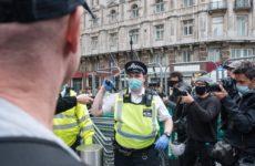 Коронавирус может убить 120 000 британцев