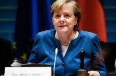 Меркель пугает немцев кошмарным сценарием