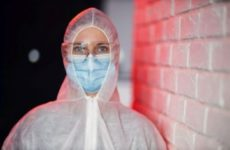 Благодаря проекту ОНФ медработники «красных зон» могут получить нянь для своих детей