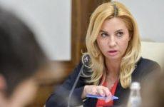 Омский областной суд оставил экс-министра здравоохранения Ирину Солдатову под заочным арестом