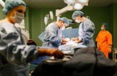 Новосибирские нейрохирурги вернули пациентке жизнь без боли в позвоночнике