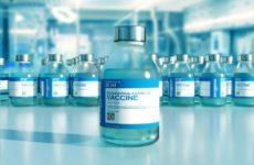 Moderna просит разрешить выпускать на 50% больше вакцины от коронавируса в одном флаконе