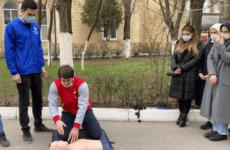 Дагестанские волонтёры-медики провели ряд акций
