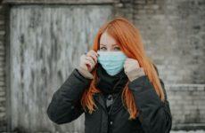Медицинские маски останутся и после пандемии