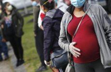 Беременные могут получать вакцины от коронавируса