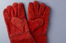 Ученые разработали перчатку для людей с параличом