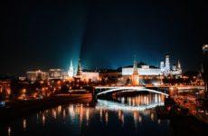 Пандемия в России может закончиться к августу
