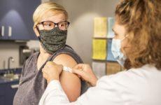 Вакцинация поможет при долгом ковиде