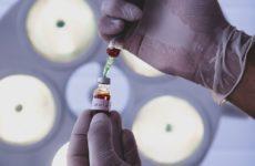 Вакцинацию от коронавируса нужно растягивать