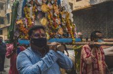 Власти уверяют индийцев в том, что 5G не вызывает коронавируса
